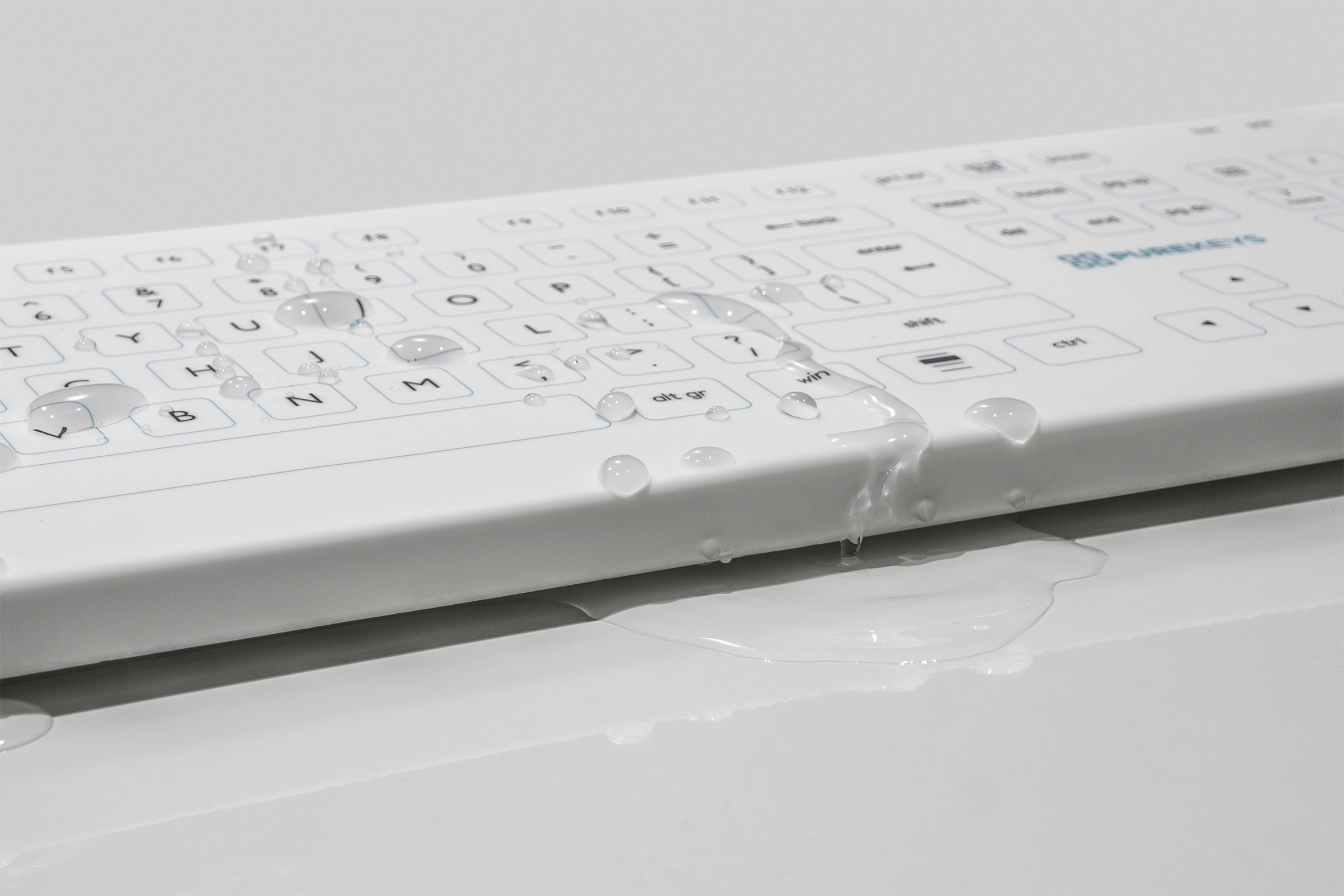 Wireless keyboard with drops